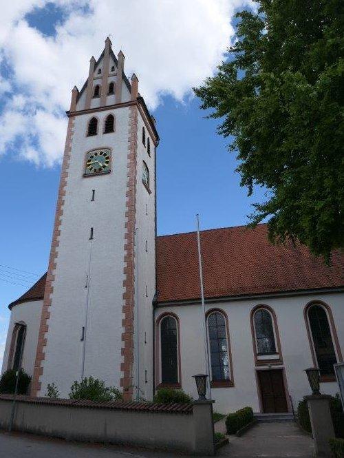 Burgrieden_Kirche_St.Alban.jpg