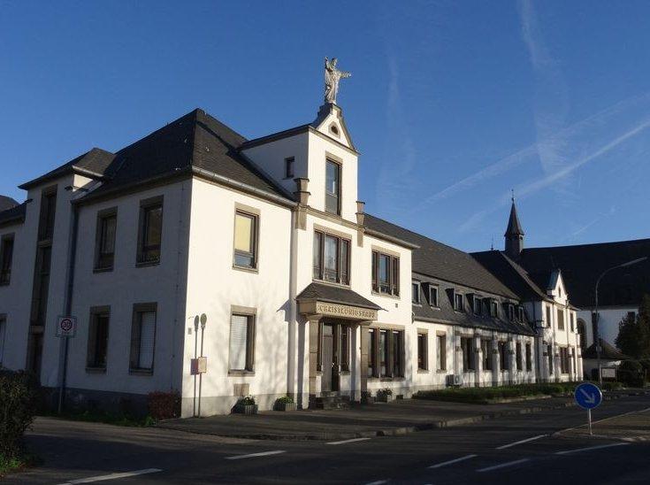 Christkoenigshaus_Leutesdorf.jpg