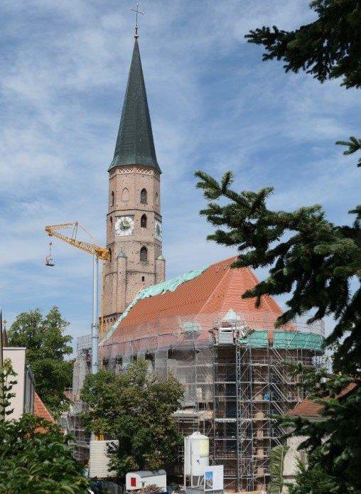 Dingolfing_Stadtpfarrkirche.jpg