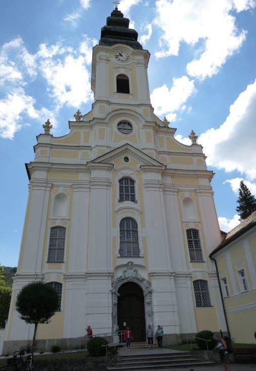 Engelhartszell_Stiftskirche.jpg