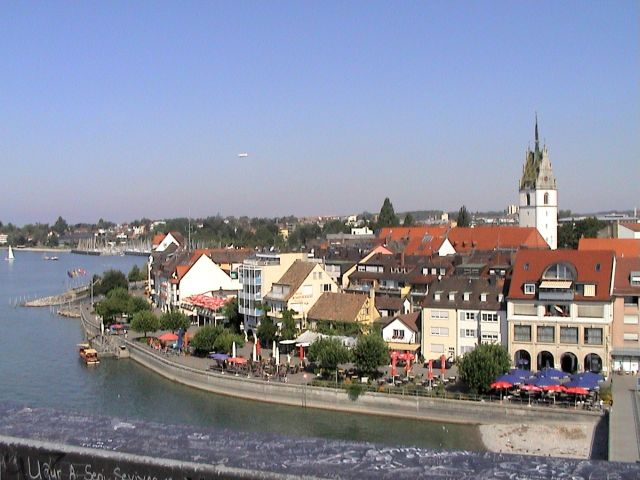 Friedrichshafen_Uferpromenade.jpg