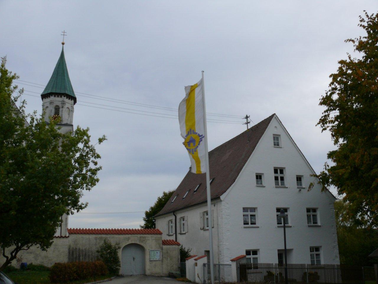 Harthausen_Ansicht+Kirche_klein.JPG