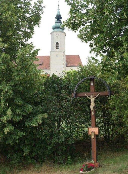 Hausleithen_Kirche_St.Agatha.jpg