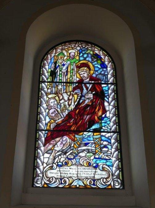 Horvatzidany_Kirche_Glasfenster.jpg