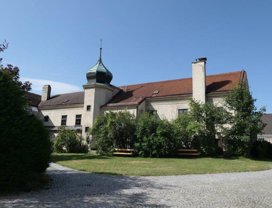 Klosterneuburg_Martinskirche.jpg