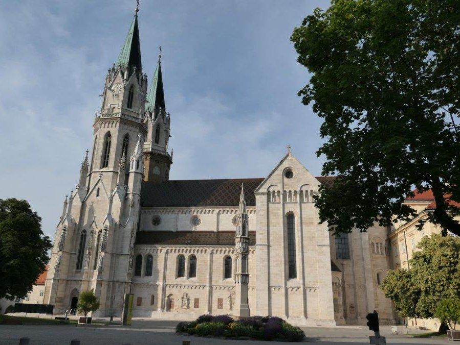 Klosterneuburg_Stift.jpg