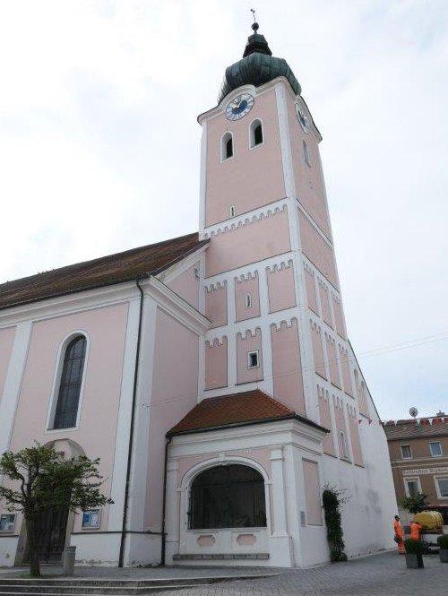 Landau_Stadtpfarrkirche.jpg
