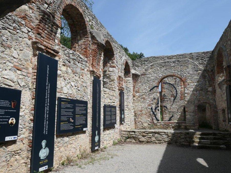 Mannersdorfer_Wueste_Kloster_St._Anna.jpg