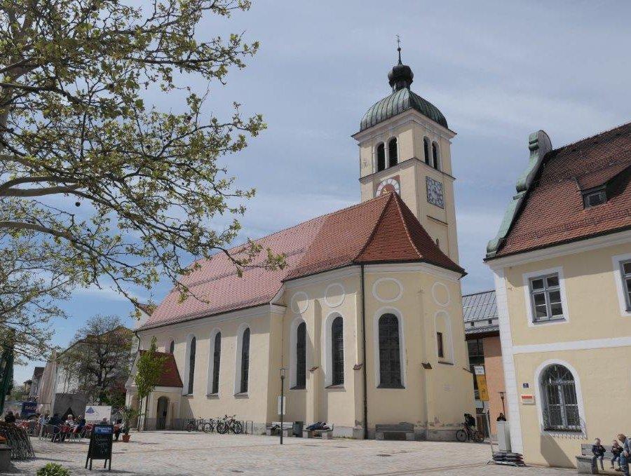 Marktoberdorf_Kirche_St.Magnus.jpg