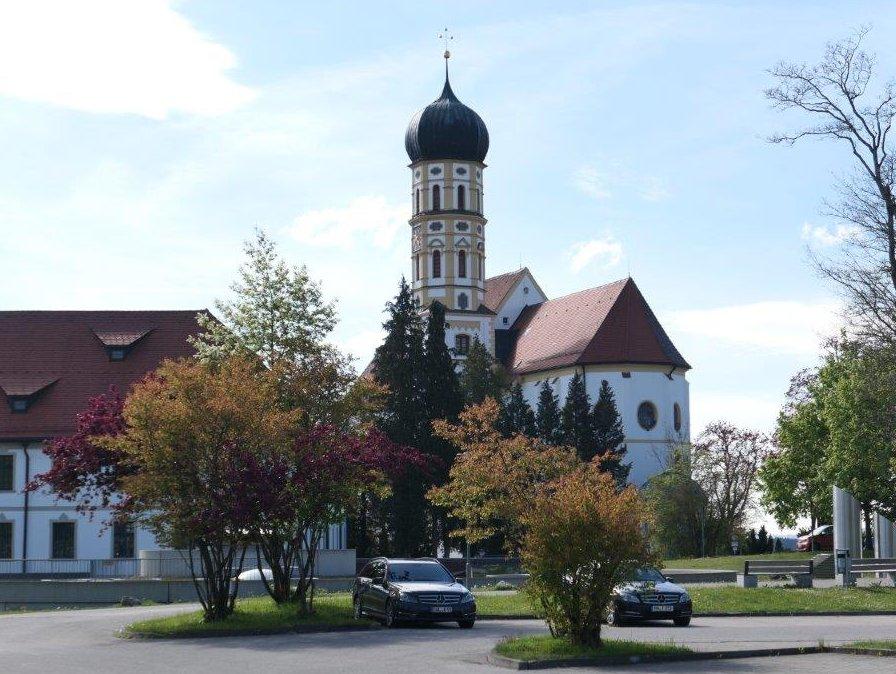 Marktoberdorf_Stadtpfarrkirche_St.Martin.jpg