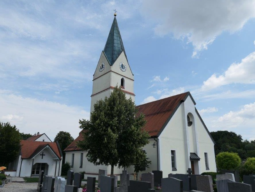 Niederhoecking_Martinskirche.jpg