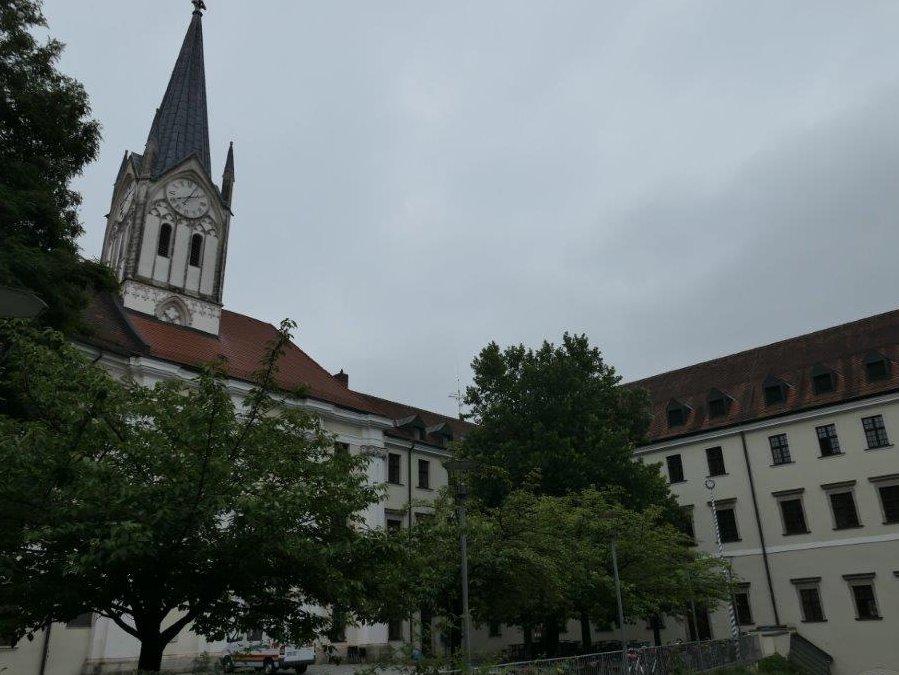 Passau_Kirche_St.Nikola.jpg