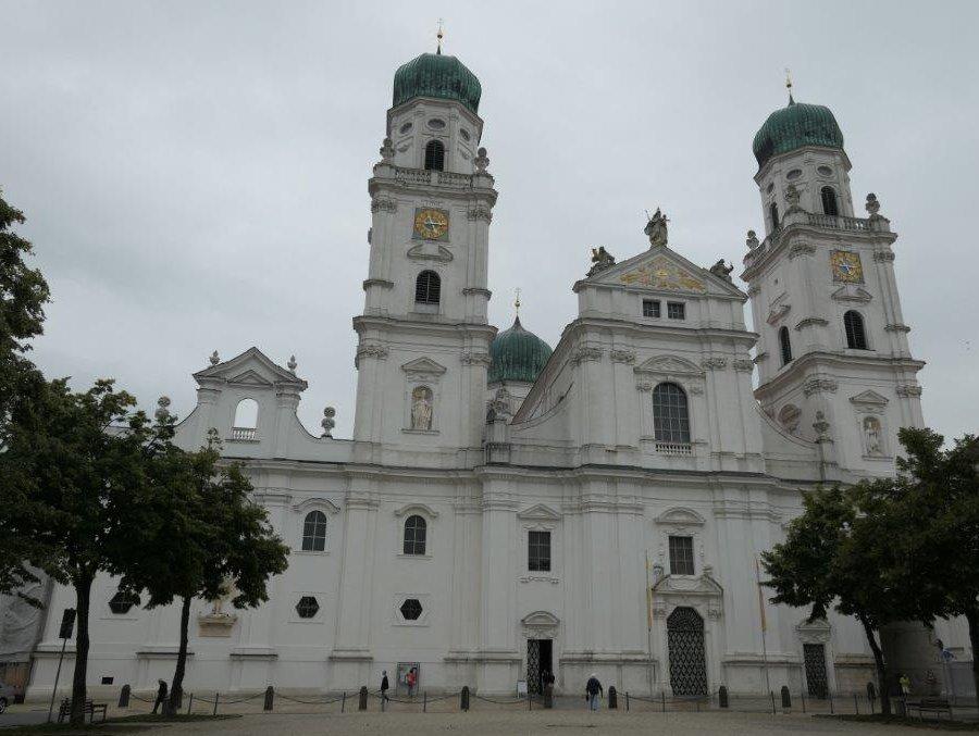 Passau_Stefansdom.jpg
