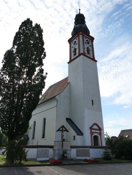 Reichersdorf_Martinskirche.jpg