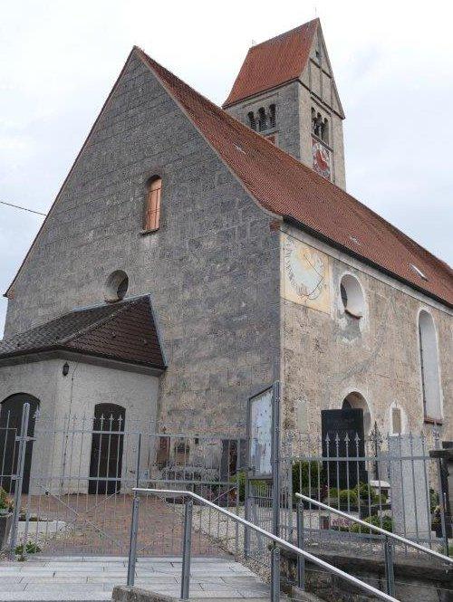 Ronsberg_Pfarrkirche_Maria_Himmelfahrt.jpg