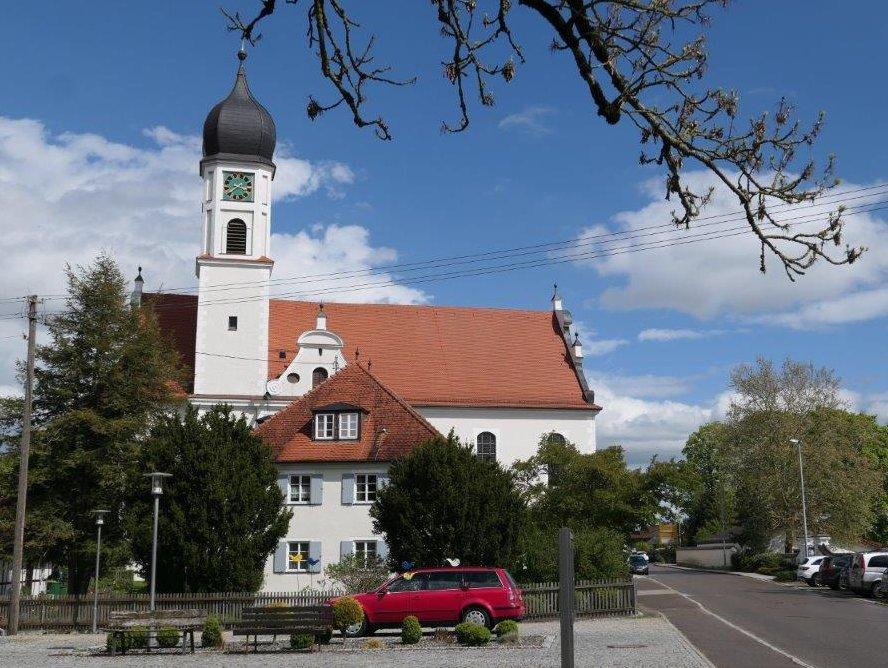 Thannheim_Kirche_StMartin.jpg