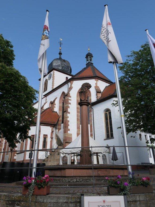 Wachenheim_Kirche_Selige_Edith_Stein.jpg