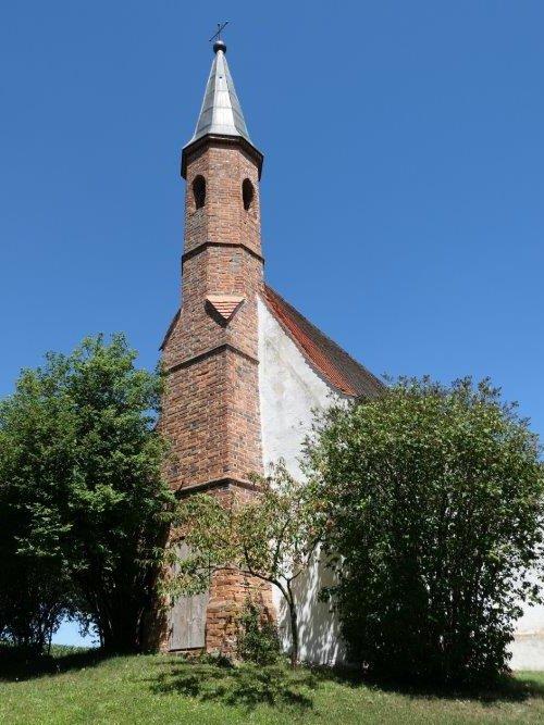 Weinberg_St.Nikolauskapelle.jpg