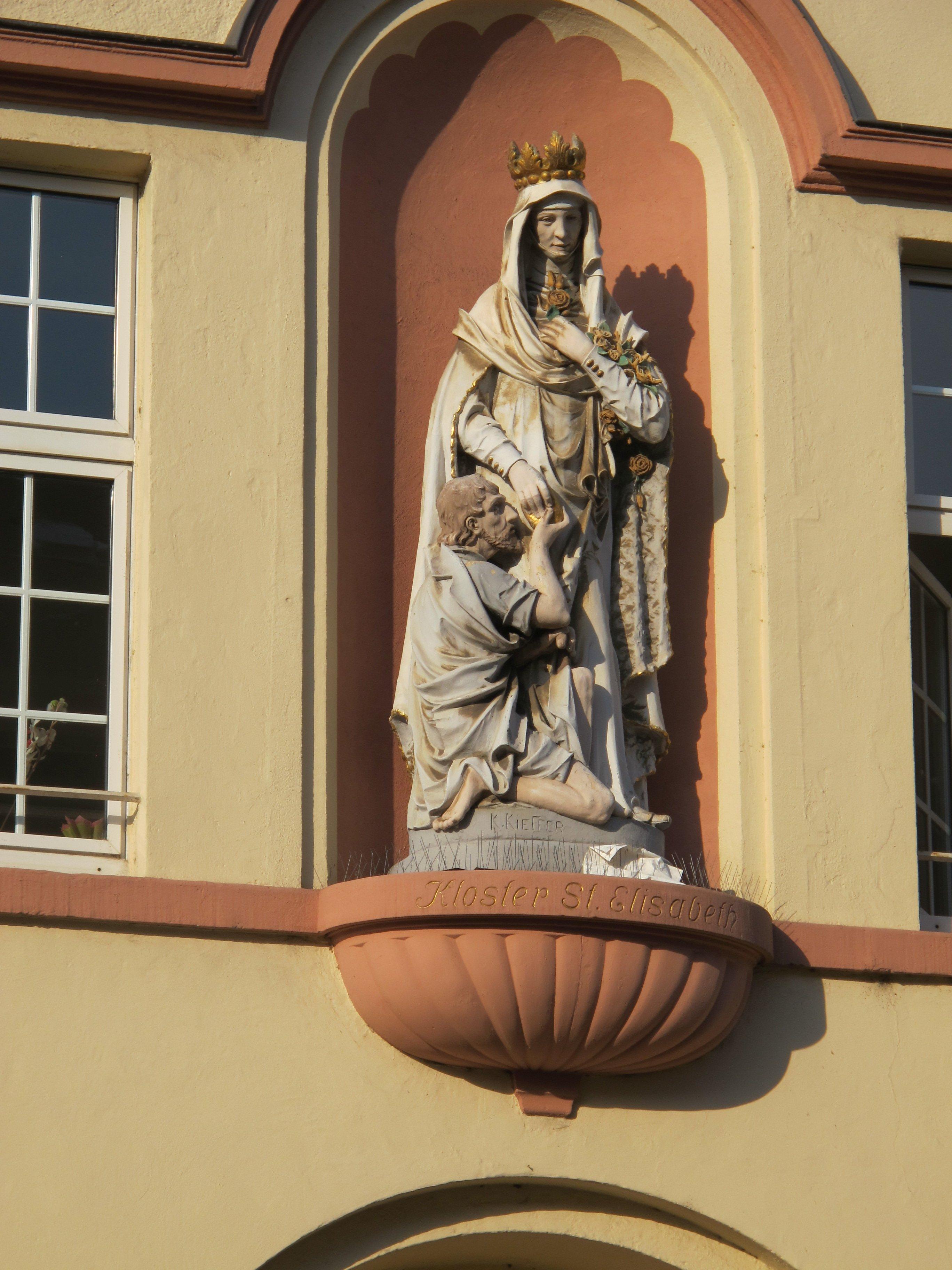 elisabethkloster.jpg